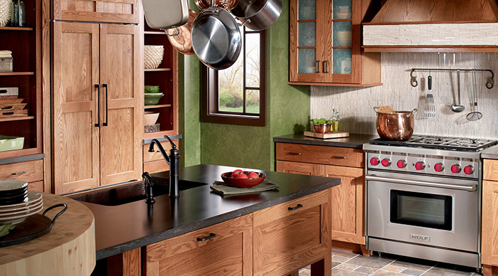 range in the center of kitchen cabinet